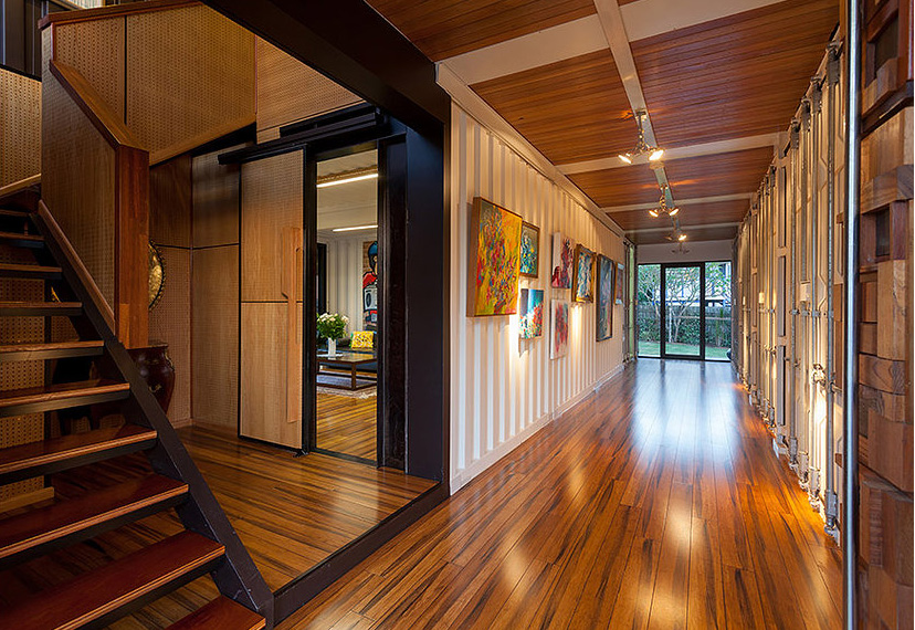 residence built out of shipping containers5