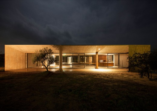 Residence in Megara (10)